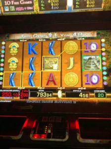 Sonderspiele Lost Temple Spielautomat bei 4 Euro Einsatz